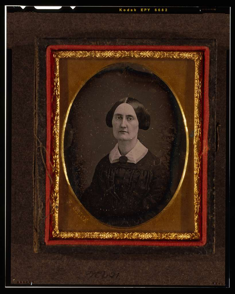 [Unidentified woman, head-and-shoulders portrait, facing slightly left]
