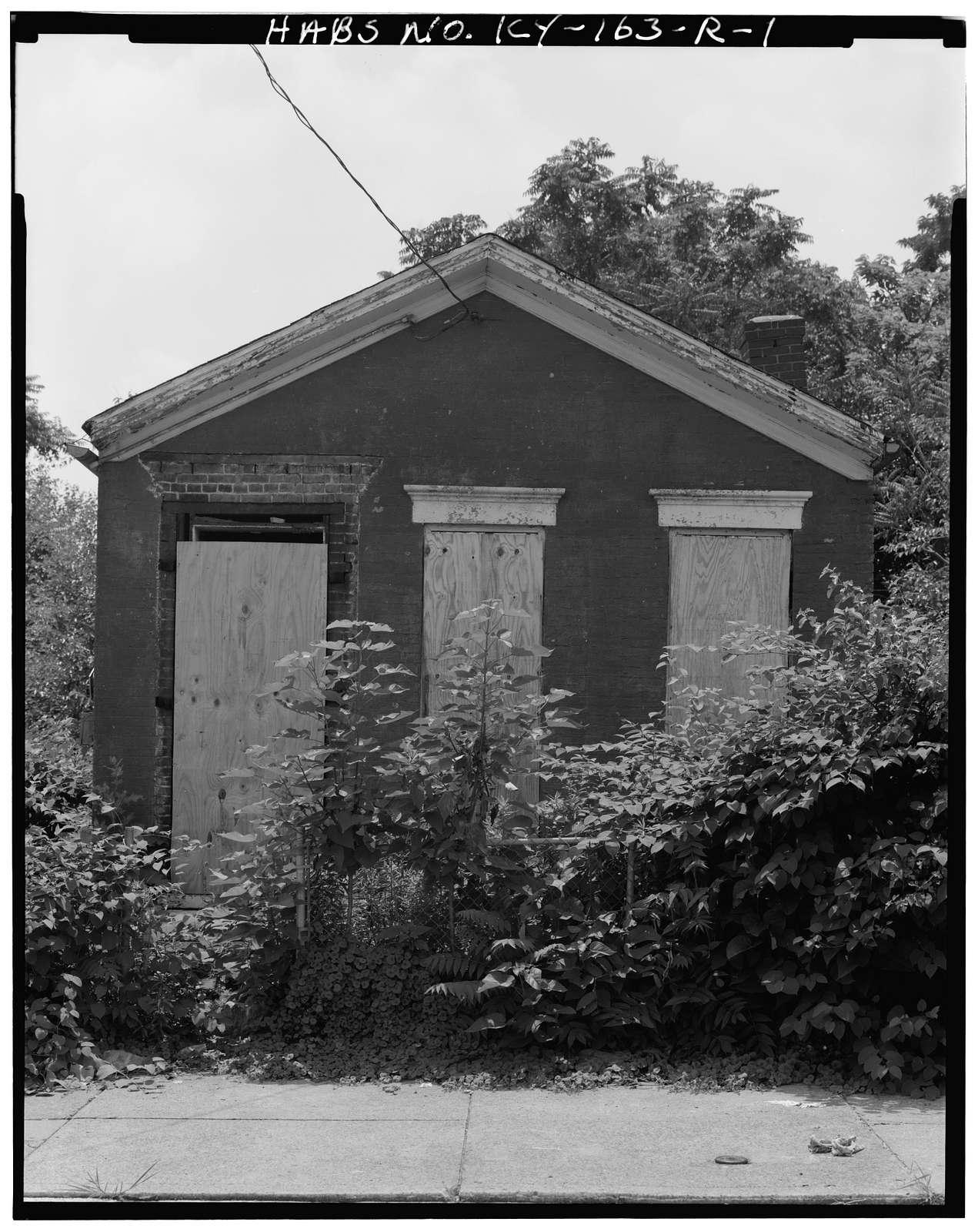 Phoenix Hill Historic District, 922 East Madison Street (House), Louisville, Jefferson County, KY
