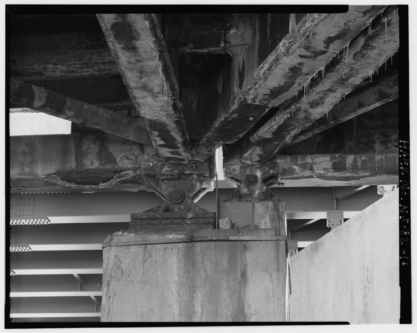 Route 1 Extension, Structure No. 0703-161, Spanning Conrail-Newark & New York Industrial tracks, Richards Lane, & Hawkins Street at Routes 1 & 9 Southbound, Newark, Essex County, NJ