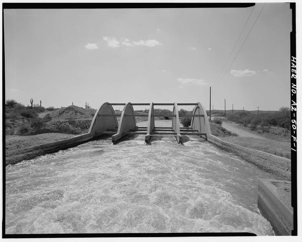 San Carlos Irrigation Project, China Wash Flume, Main (Florence-Case Grande) Canal at Station 137+00, T4S, R10E, S14, Coolidge, Pinal County, AZ