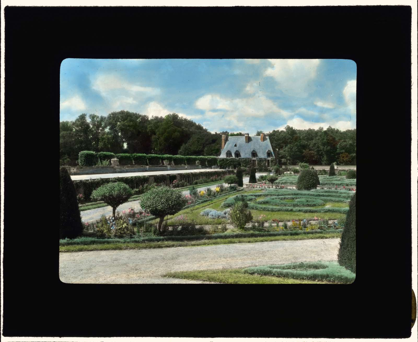 [Chateau of Chenonceau, Chenonceau, Indre-et-Loire, France. Parterre]