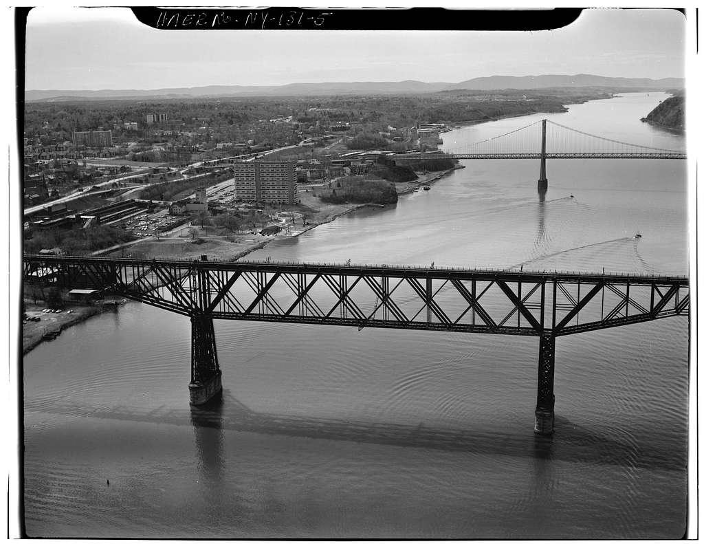 Poughkeepsie Bridge, Spanning Hudson River, Poughkeepsie, Dutchess County, NY