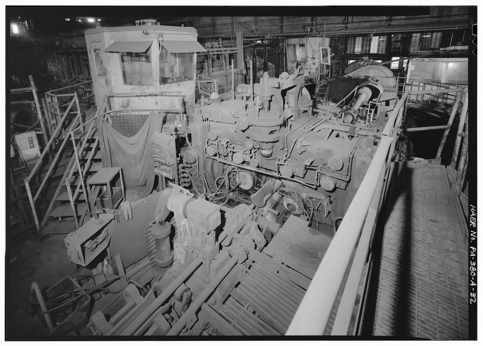 U.S. Steel National Tube Works, Main Pipe Mill Building, Along Monongahela River, McKeesport, Allegheny County, PA