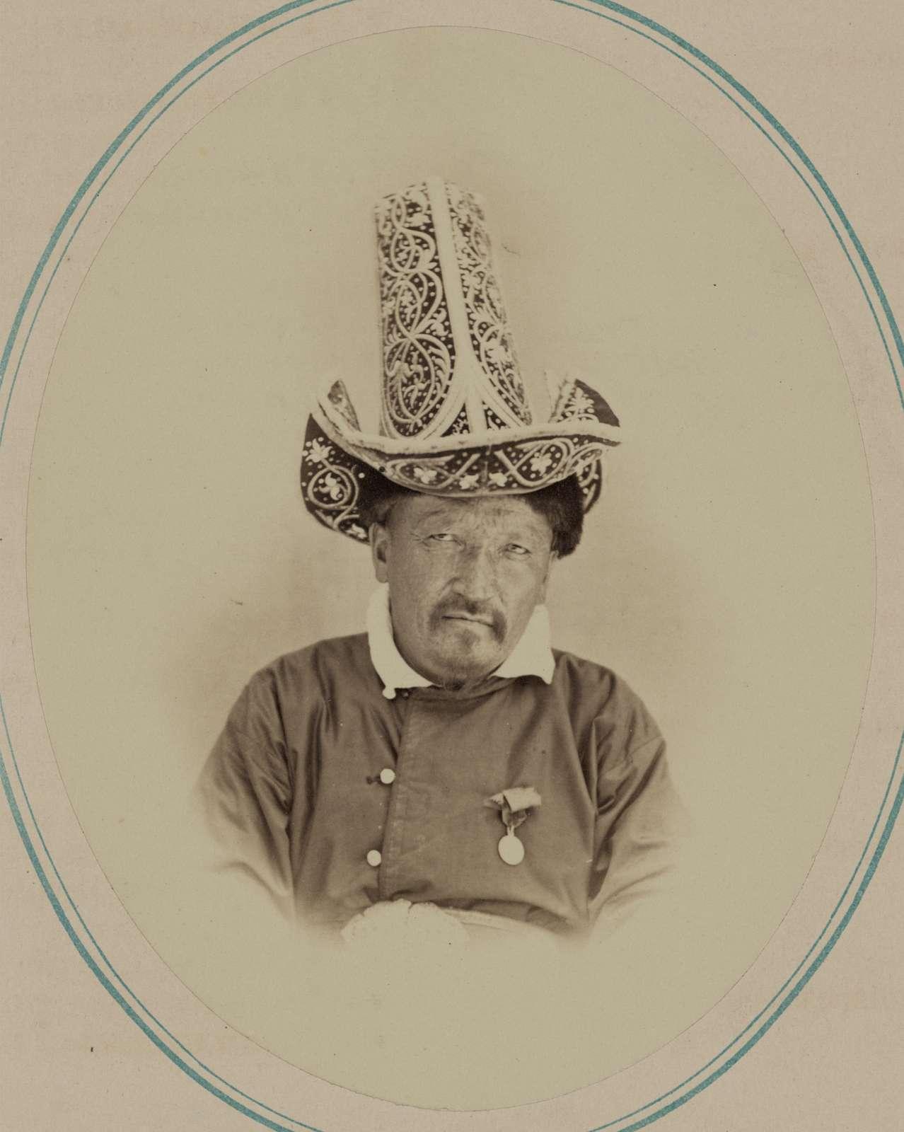 Tipy narodnostei turkestanskago kraia. Kirgiz-Kazaki: Arslan-bii