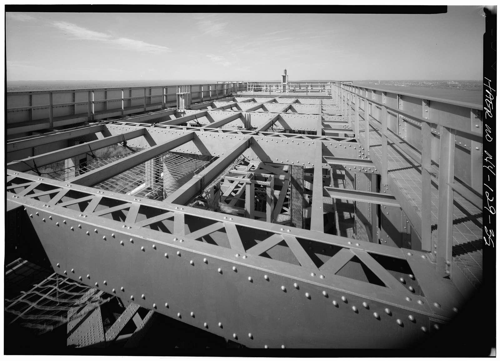 George Washington Bridge, Spanning Hudson River between Manhattan & Fort Lee, NJ, New York, New York County, NY