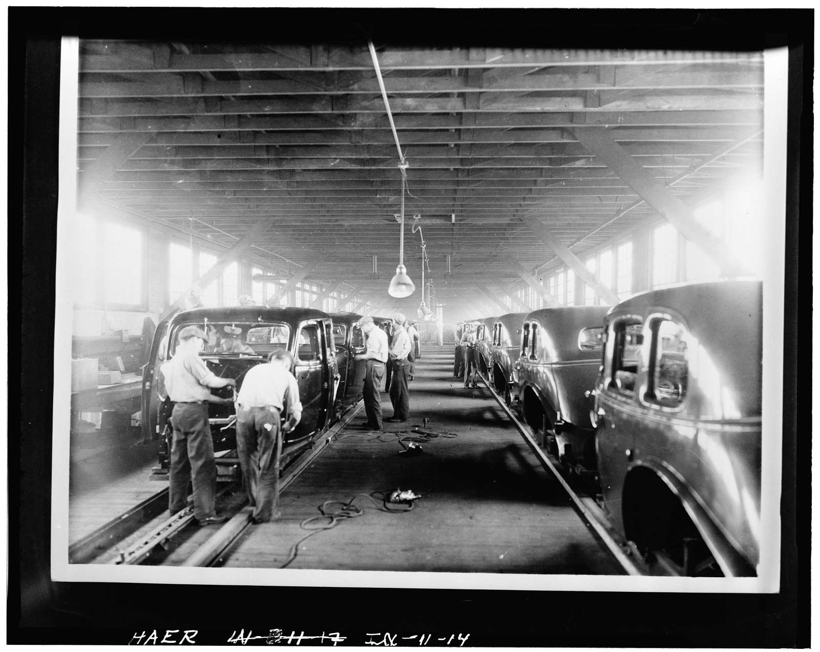 Lexington Motor Company, Eighteenth Street & Columbia Avenue, Connersville, Fayette County, IN