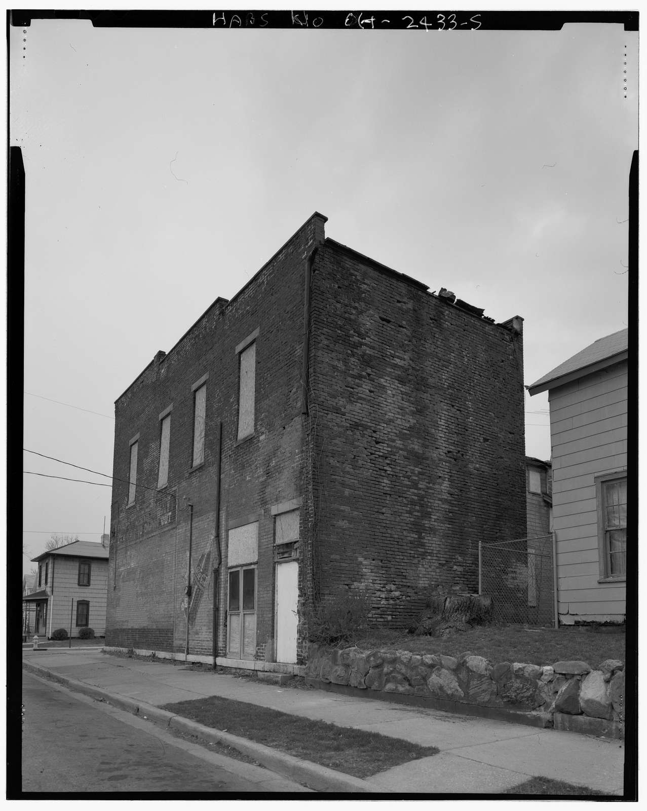 451 East Pleasant Street (commercial building), Springfield, Clark County, OH