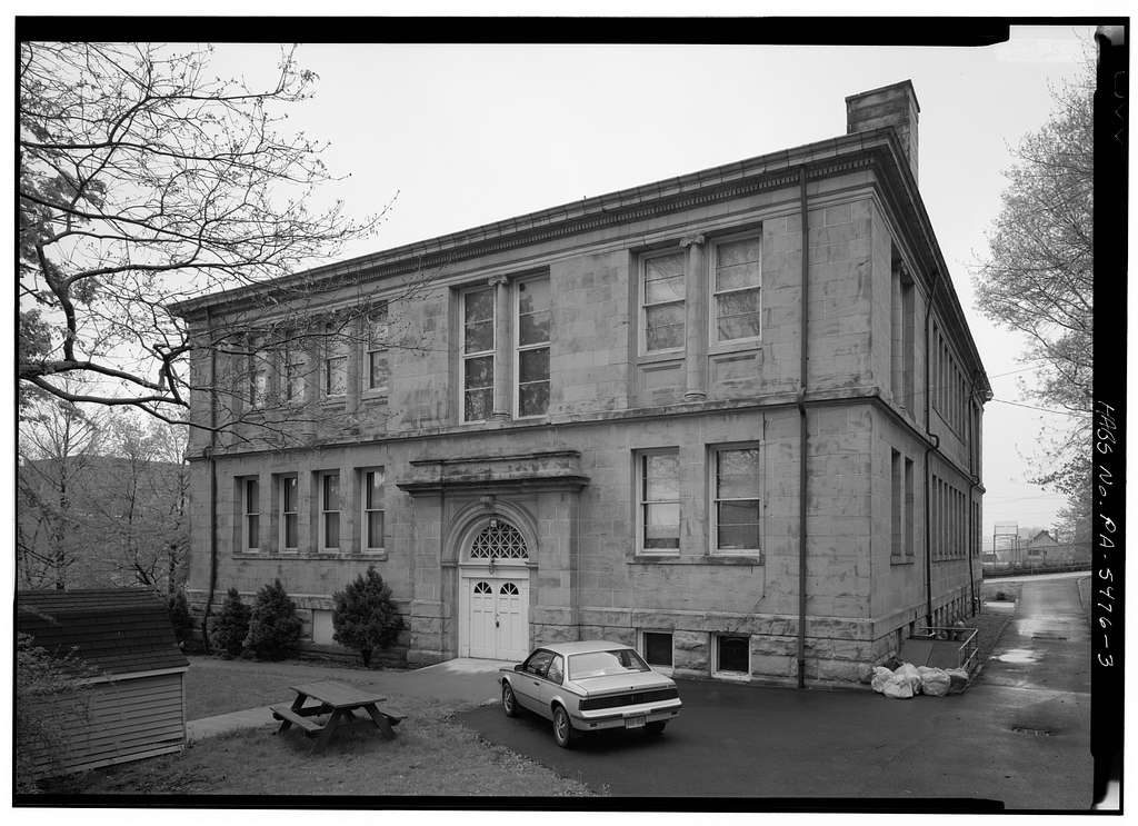 Carnegie Free Library, 301 South Pittsburgh Street, Connellsville, Fayette County, PA