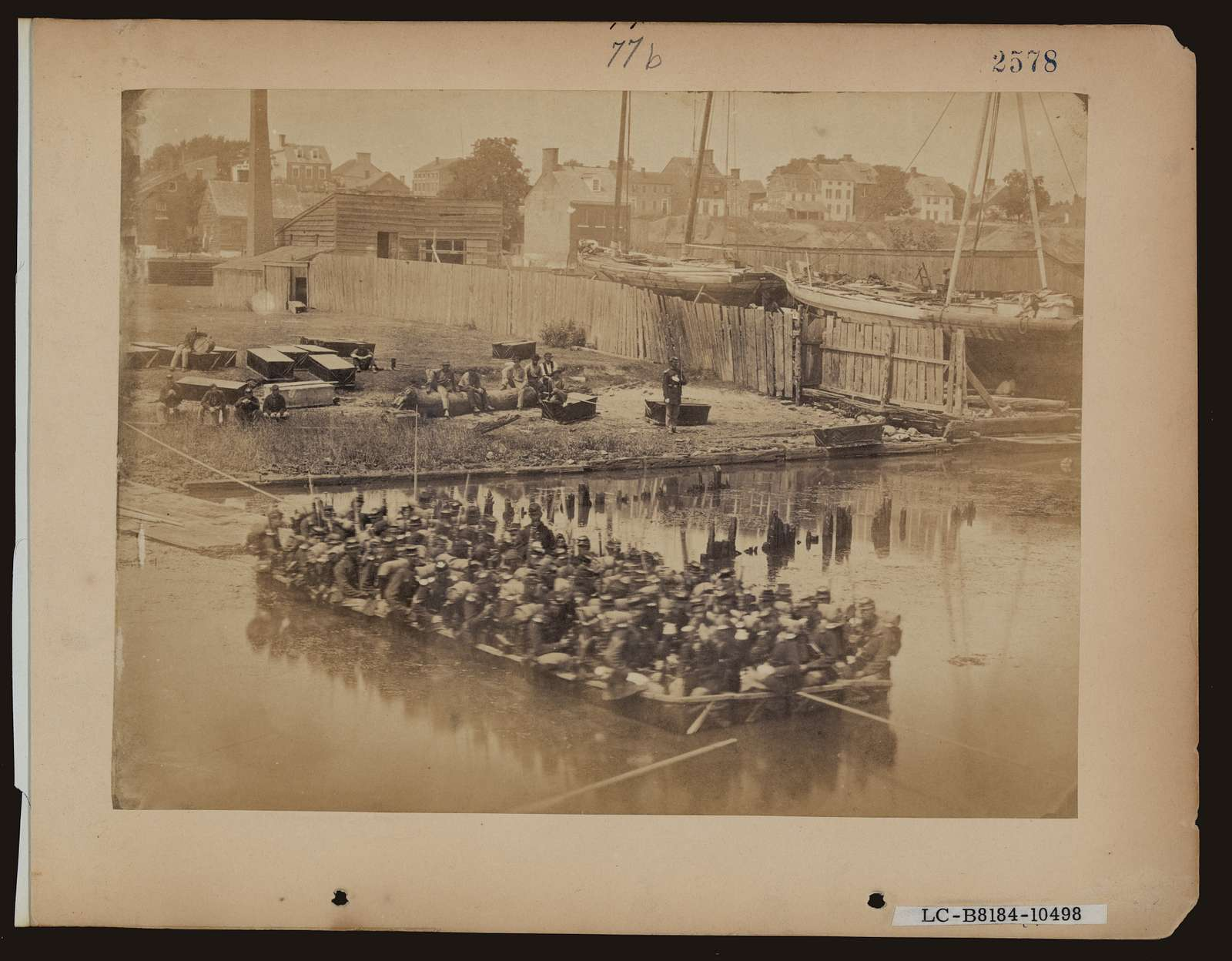 [Military construction in northern Virginia: raft of blanket boats ferrying soldiers across the Potomac River]