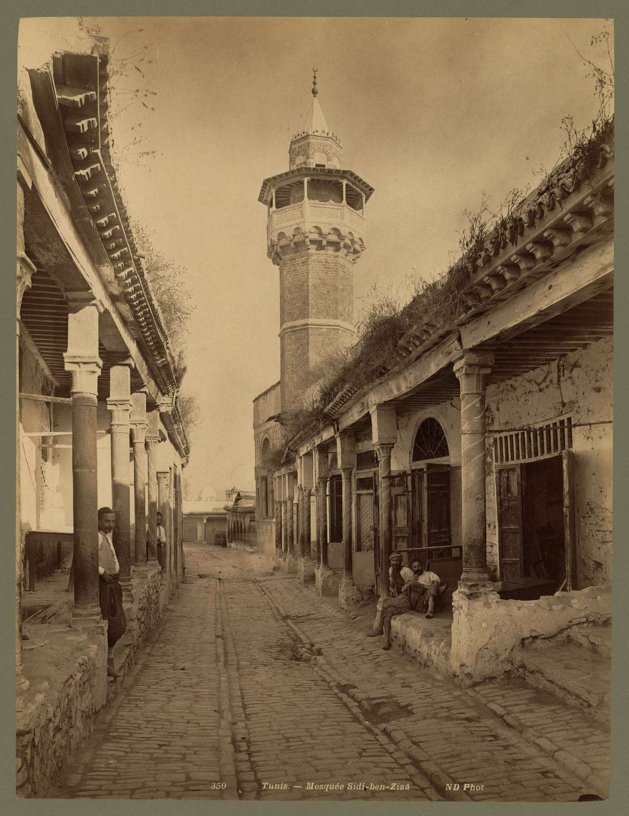Tunis. Mosquée Sidi-ben-Ziaa / ND Phot.