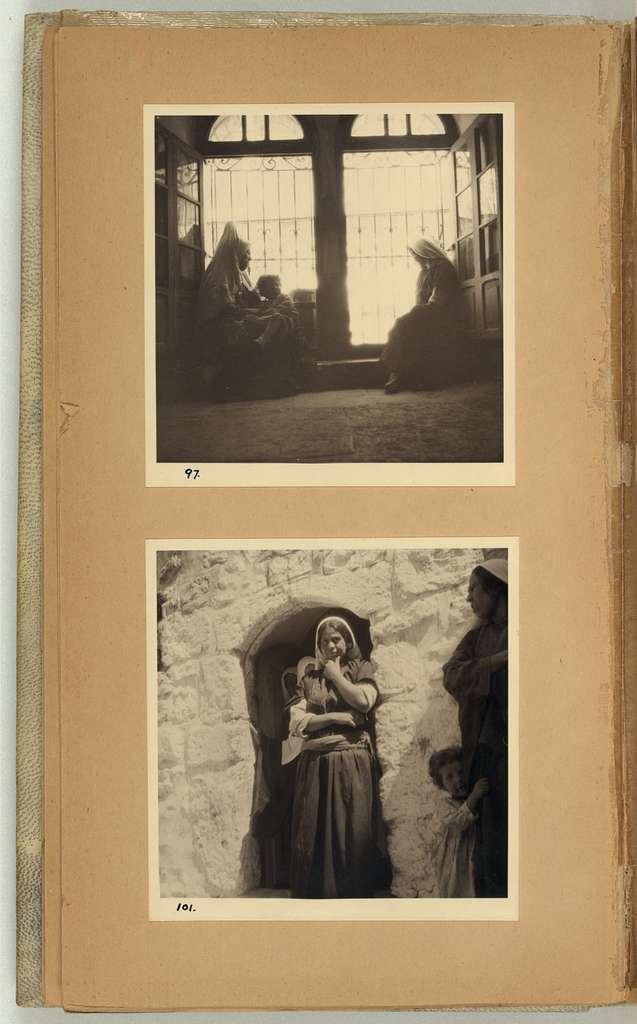 Diary in photos, vol. I, 1934-1935