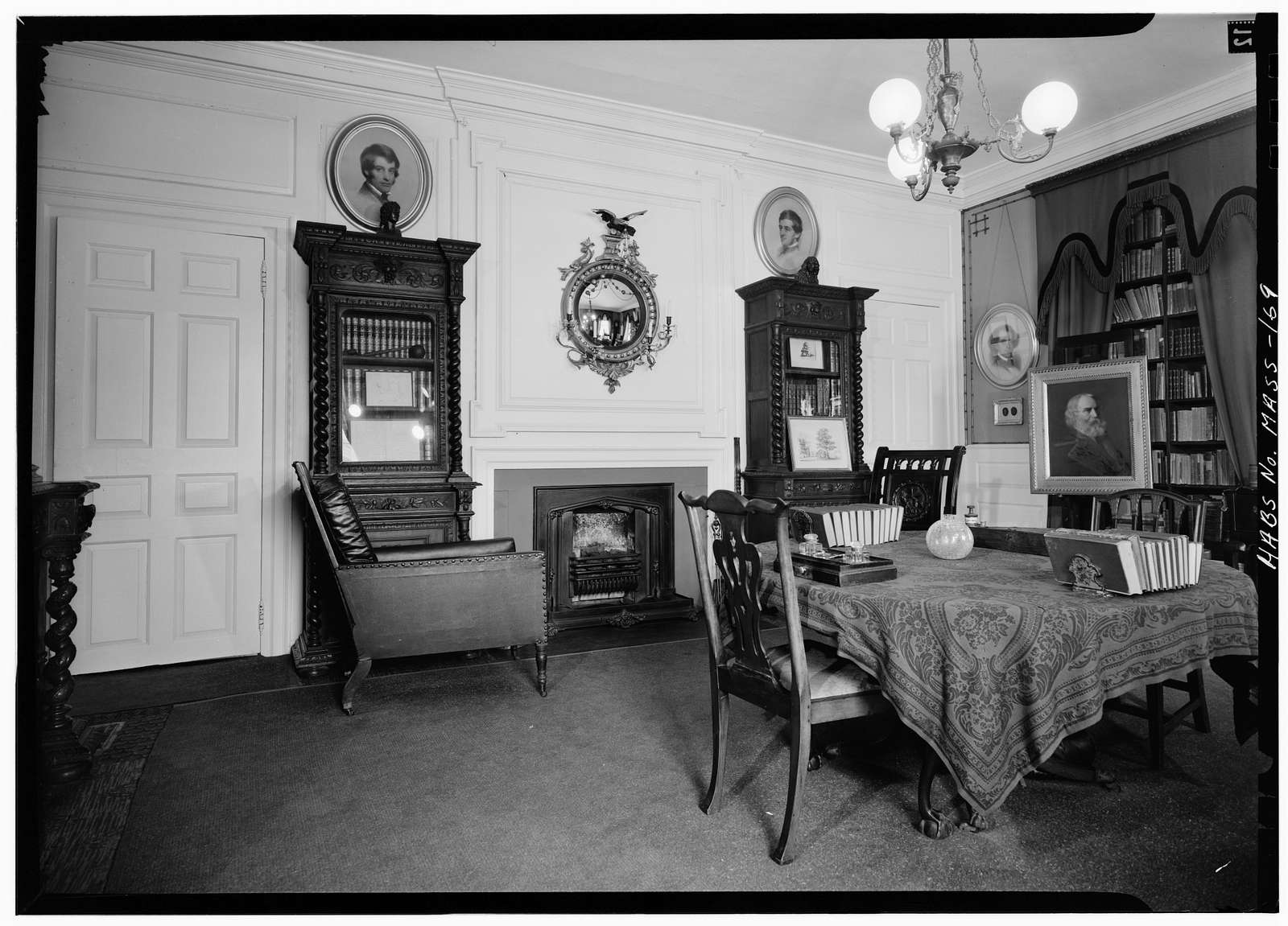 Henry W. Longfellow Place, 105 Brattle Street, Cambridge, Middlesex County, MA