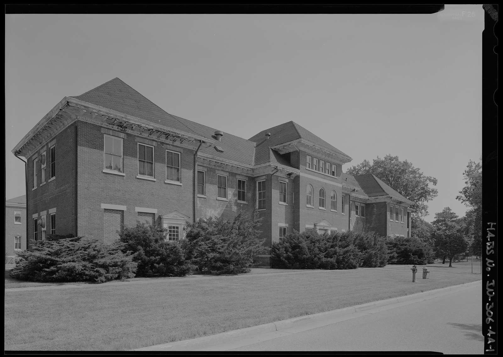 National Home for Disabled Volunteer Soldiers, Marion Branch, Building No. 24, 1700 East 38th Street, Marion, Grant County, IN
