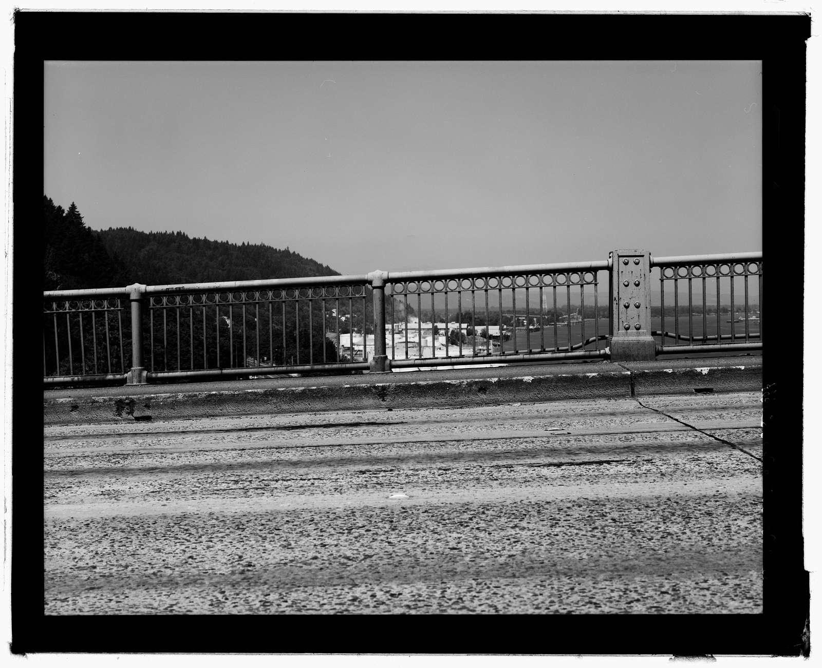 St. John's Bridge, Spans Willamette River at US Highway 30, Portland, Multnomah County, OR