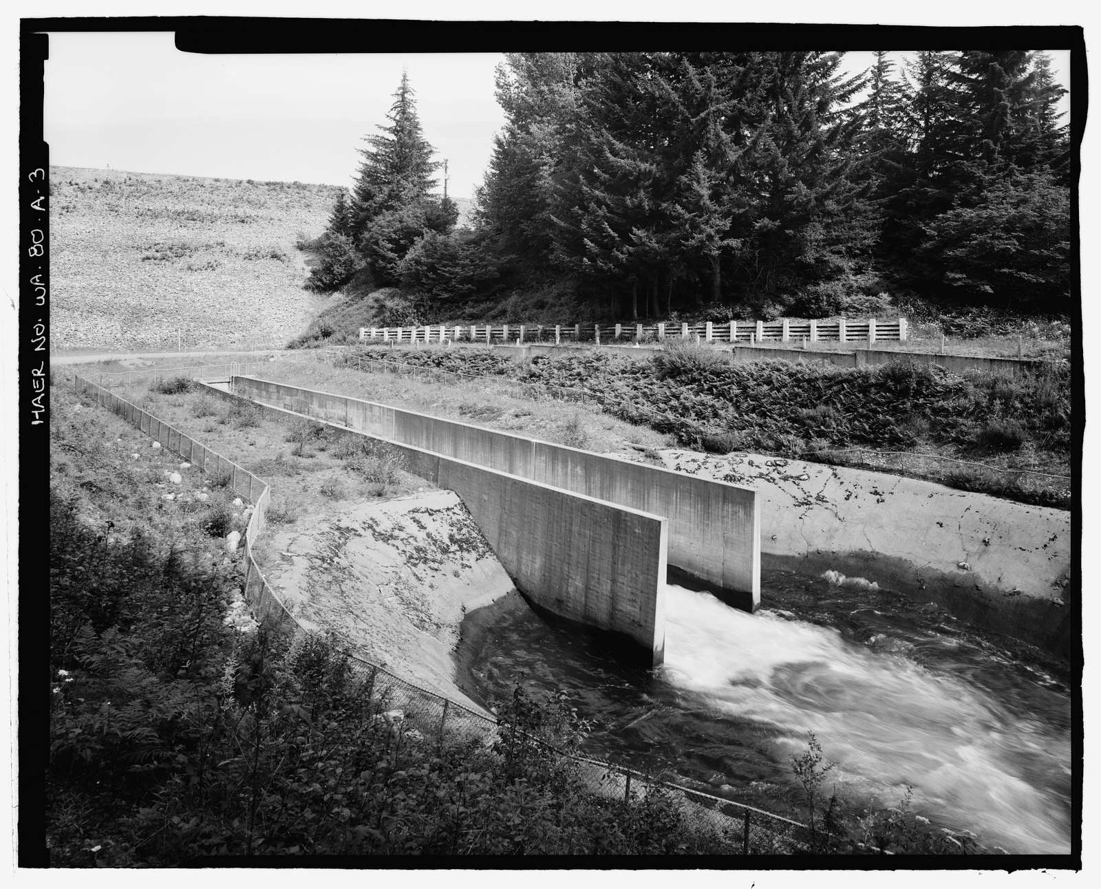 Keechelus Dam, Outlet Channel, Yakim River, 10 miles northwest of Easton, Easton, Kittitas County, WA