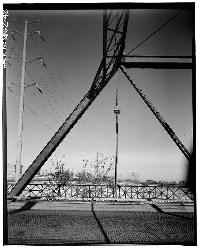 Broadway Bridge, Spanning Mississippi River at Broadway Street, Minneapolis, Hennepin County, MN