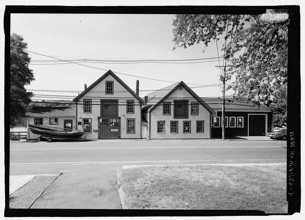 Lowell's Boat Shop, 459 Main Street, Amesbury, Essex County, MA