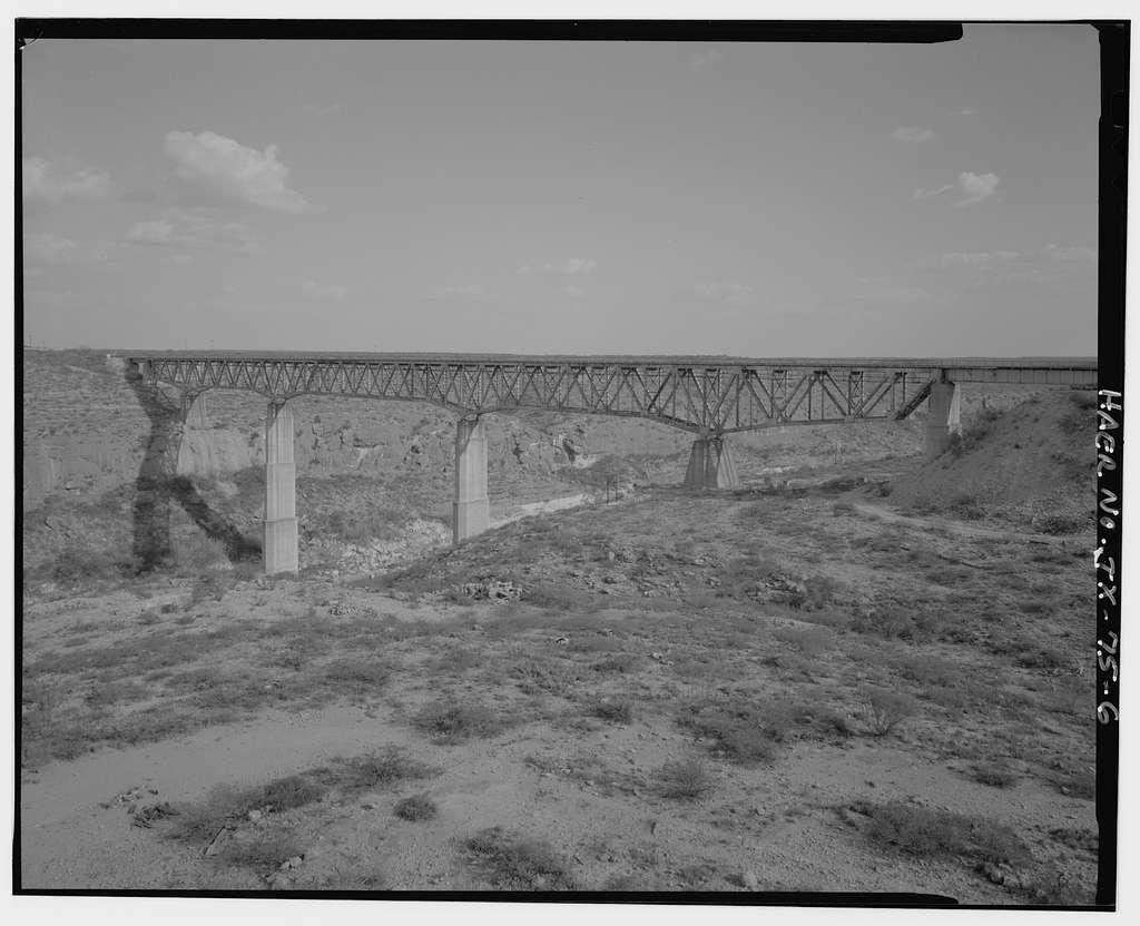 Southern Pacific Railroad, Pecos River Bridge, Spanning Pecos River at Southern Pacific Railroad, Langtry, Val Verde County, TX