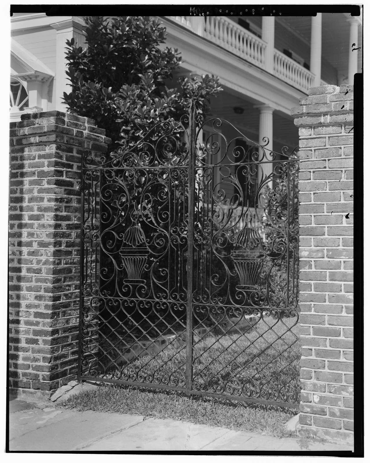 42 Rutledge Avenue (Gate), Charleston, Charleston County, SC