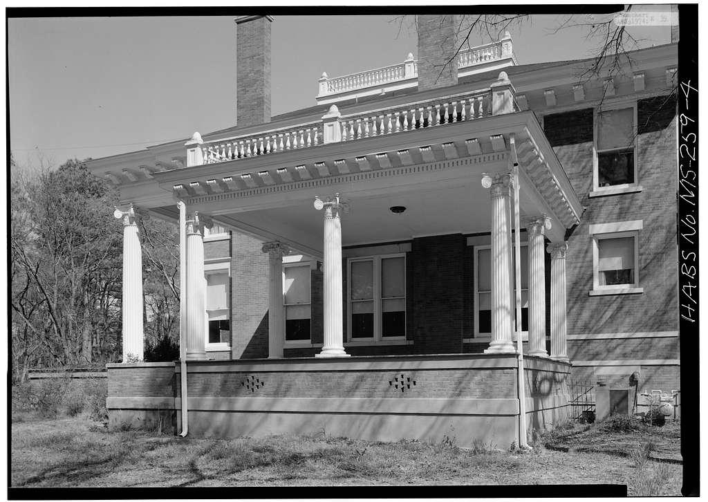 Lindamood House, 810 Highland Circle, Columbus, Lowndes County, MS