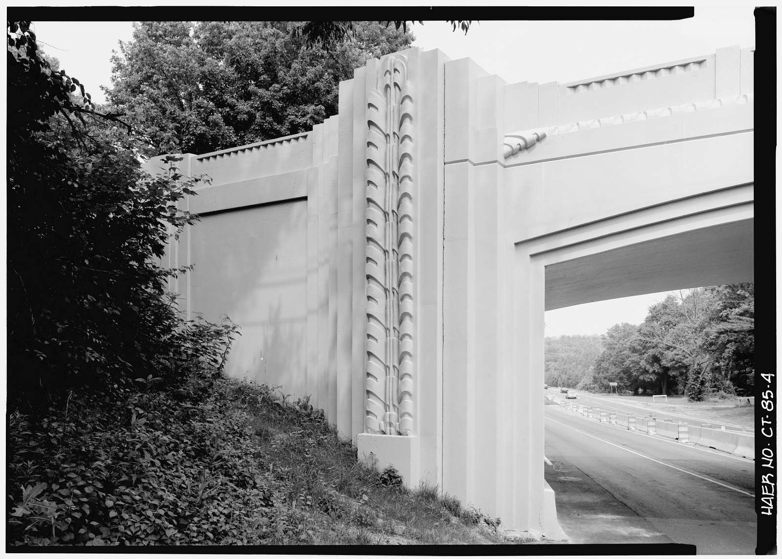 Merritt Parkway, White Oak Shade Road Bridge, Spanning Merritt Parkway, New Canaan, Fairfield County, CT